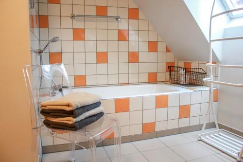 badkamer met ligbad, morvan, gite